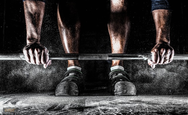 training-barbell-muscles-hands-39613