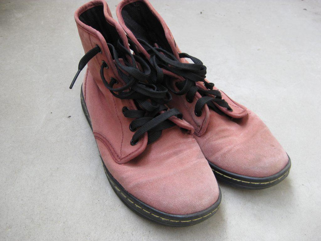 ダイロン、プレミアムダイでスニーカーを染めてみた