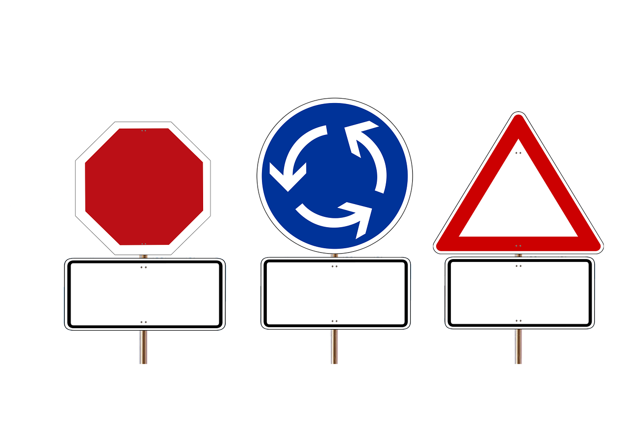 road-sign-678968_1280